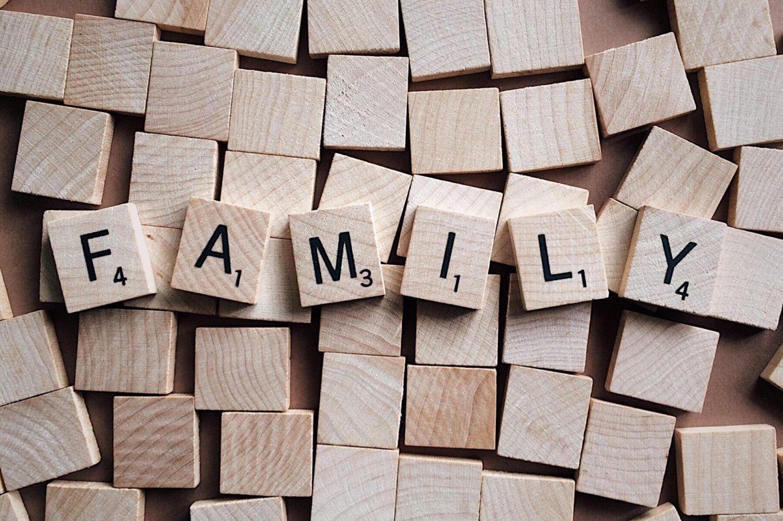 Familia – un loc, un sentiment, un miros, un …
