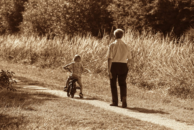 Bune şi mai (puțin) bune despre vacanța la bunici